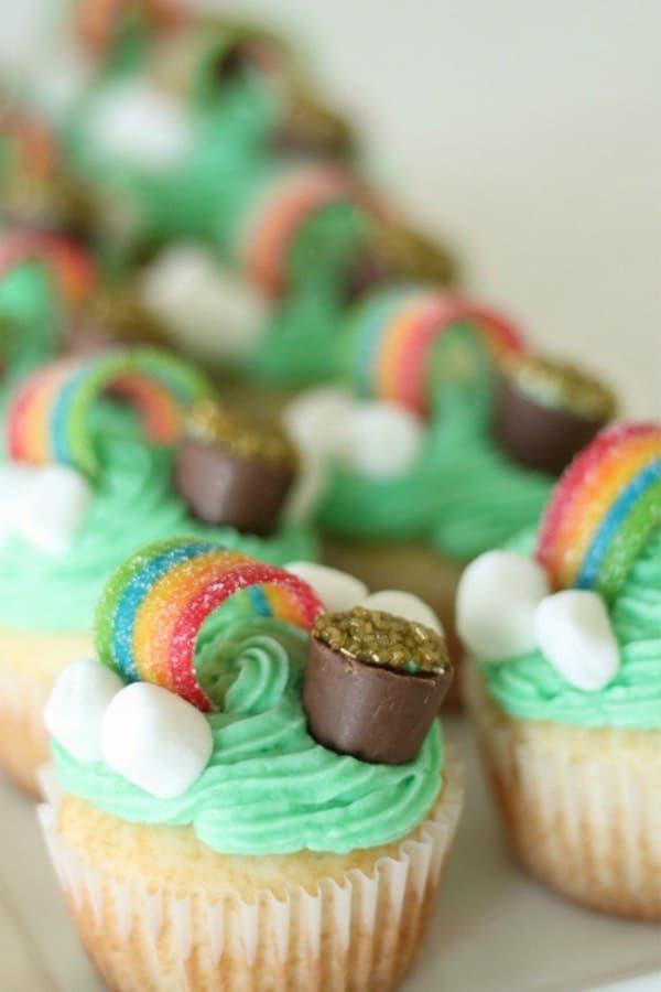 st pattys day cupcake ideas