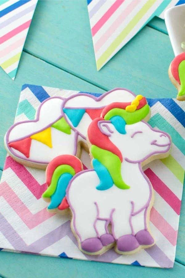 Cute and fun DIY Unicorn Cookies