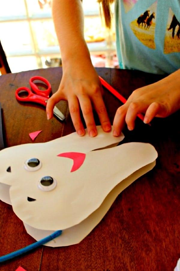fun construction paper craft ideas