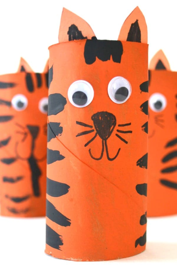 simple paper roll tiger