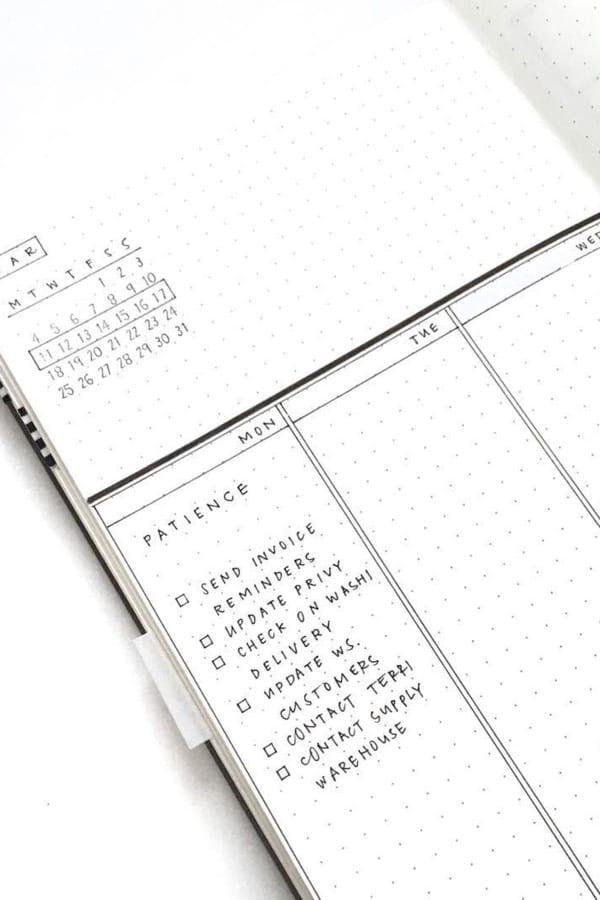 simple weekly spread for bullet journal