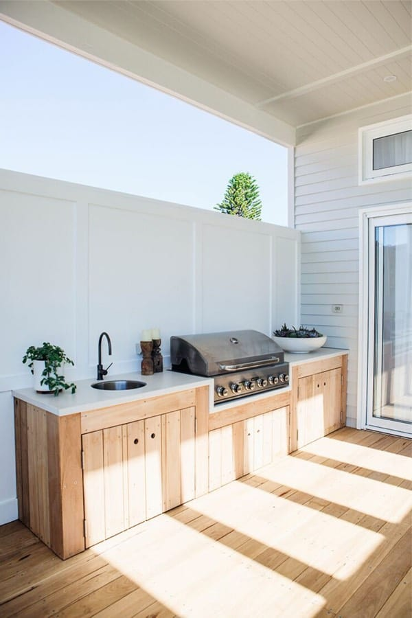 light wood outdoor kitchen ideas