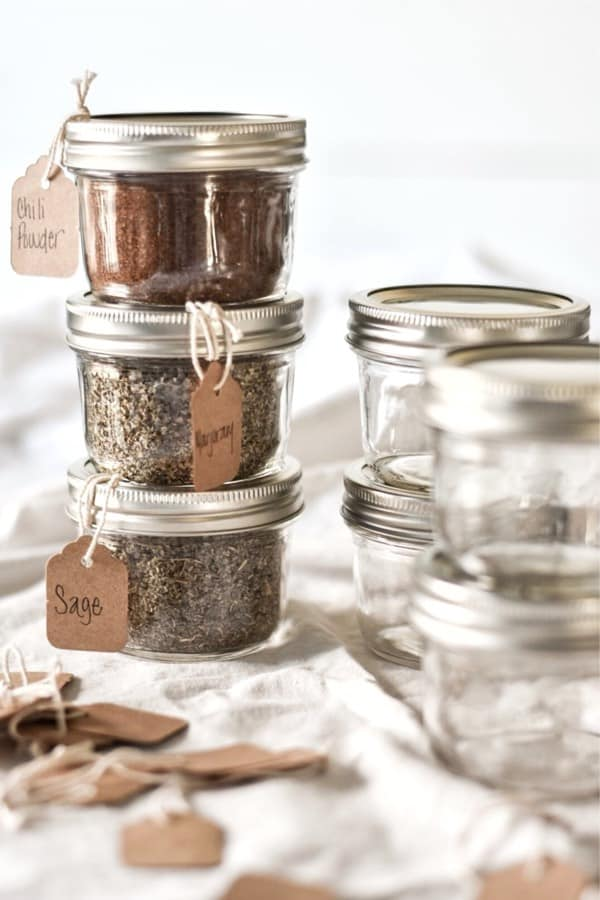 small diy labeled spice jars
