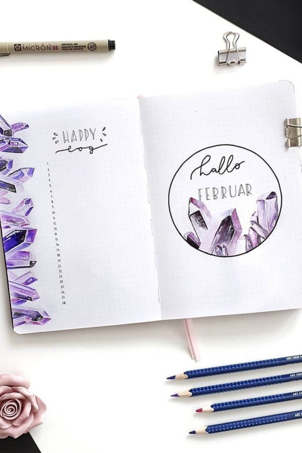 easy bujo layout with crystals
