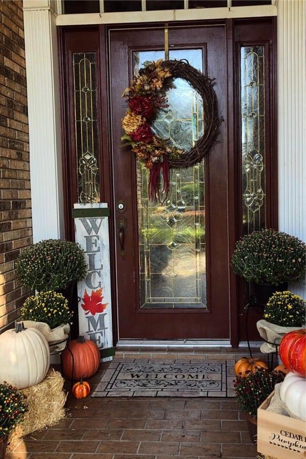 cute ideas for ocotober front porch