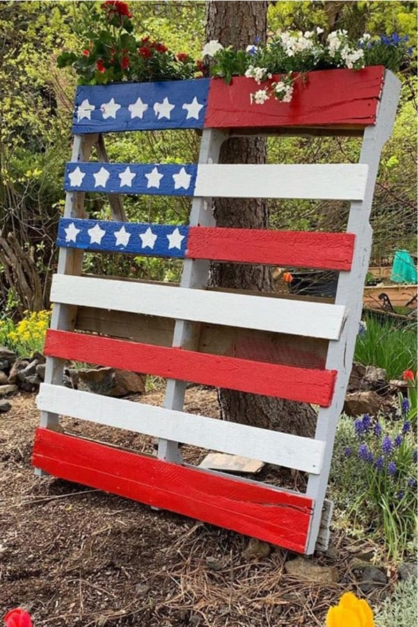 diy pallet planter for outdoors
