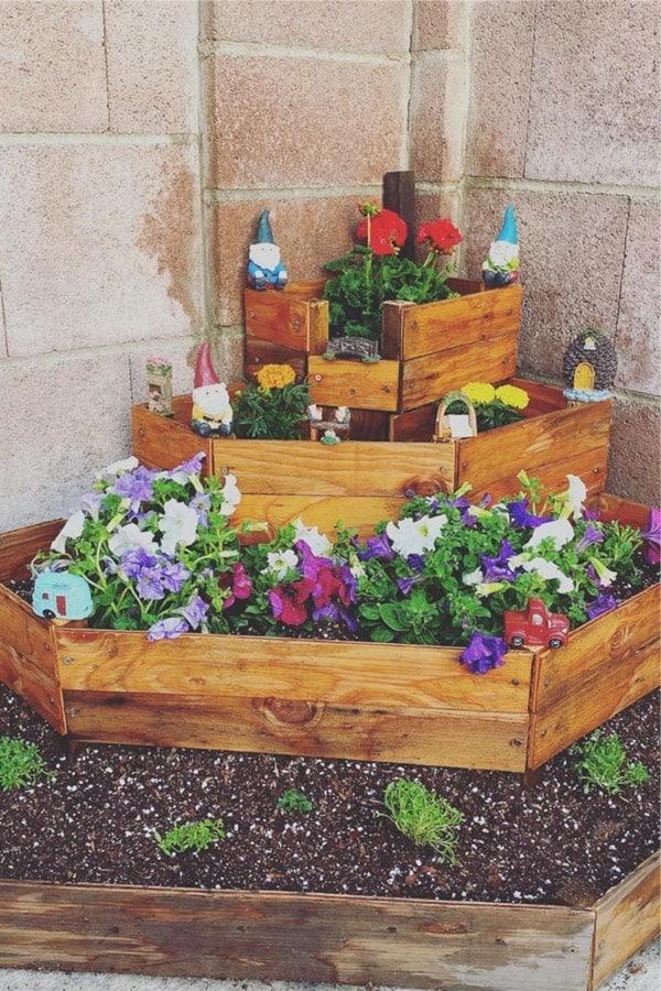 diy corner garden example