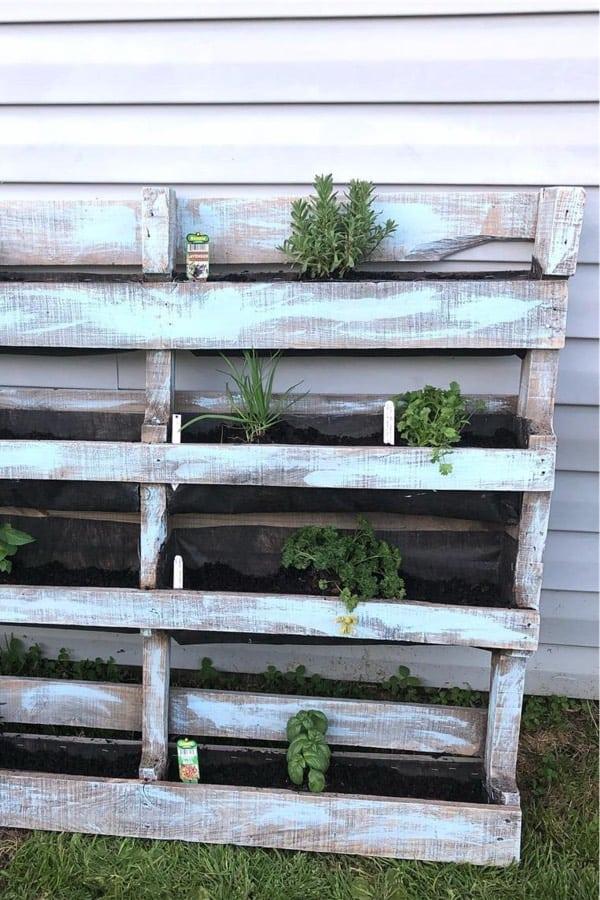 chalk paint vertical pallet planters