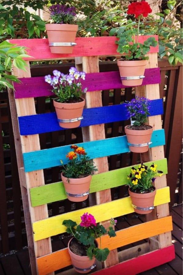 diy pallet planter for flowers