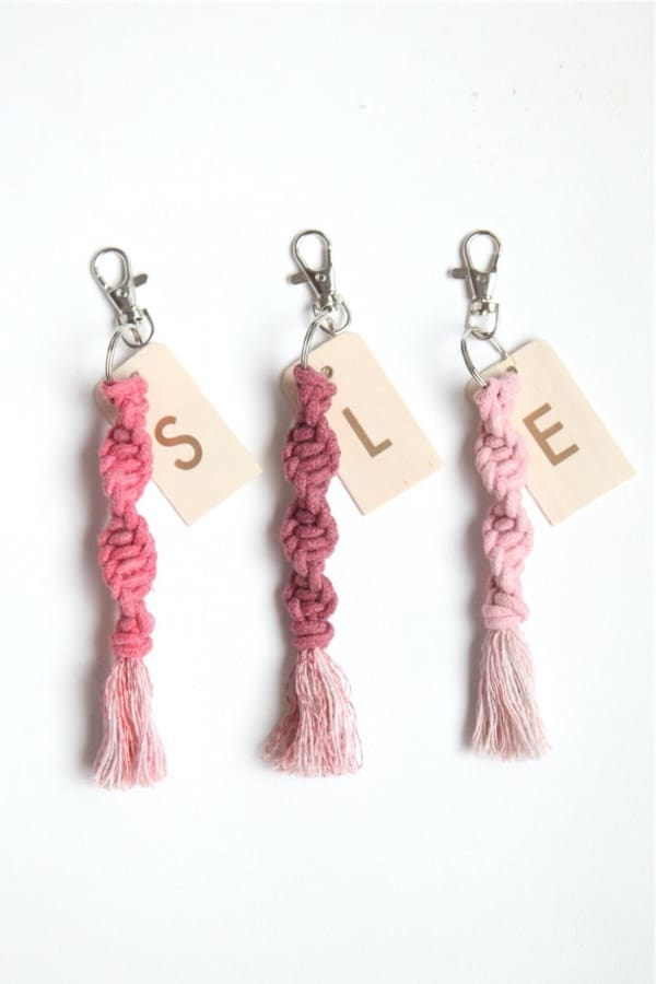 step by step tutorial for diy keychain