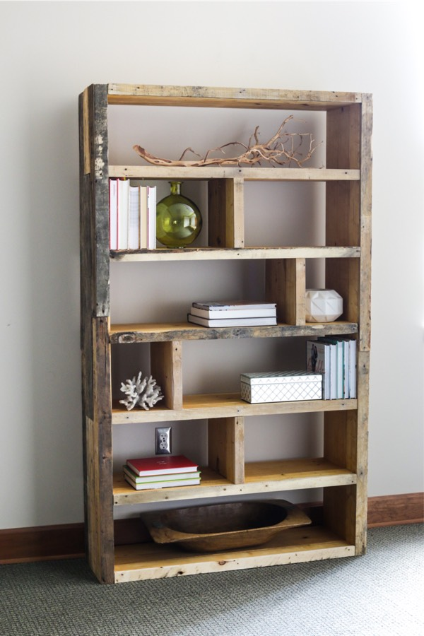 old pallet wood bookshelving tutorial