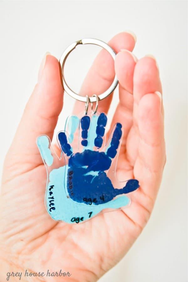 diy plastic keychain tutorial