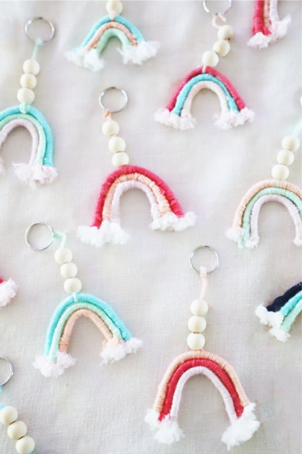 creative ideas for macrame keychain