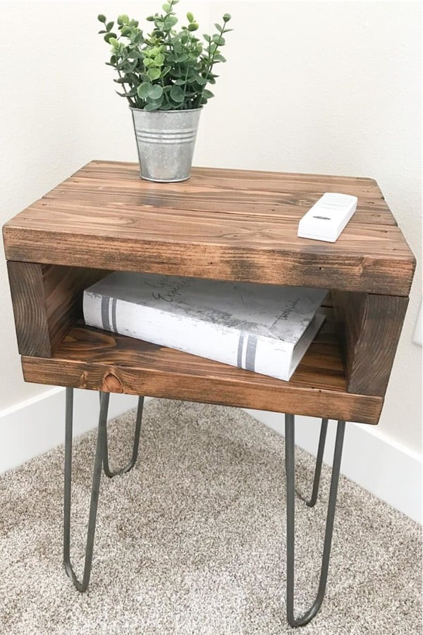 easy side tables with 2x4s