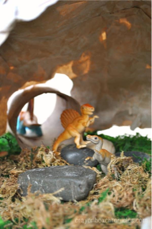 fun activity tutorial for dinosaur craft