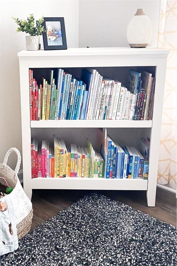 white painte bookcase inspiration