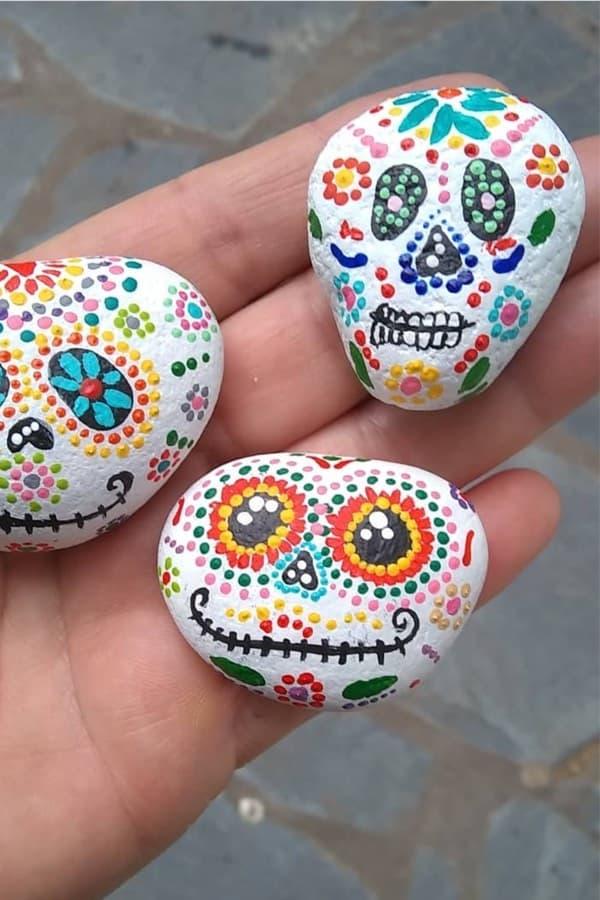 cute skull painted pebble ideas