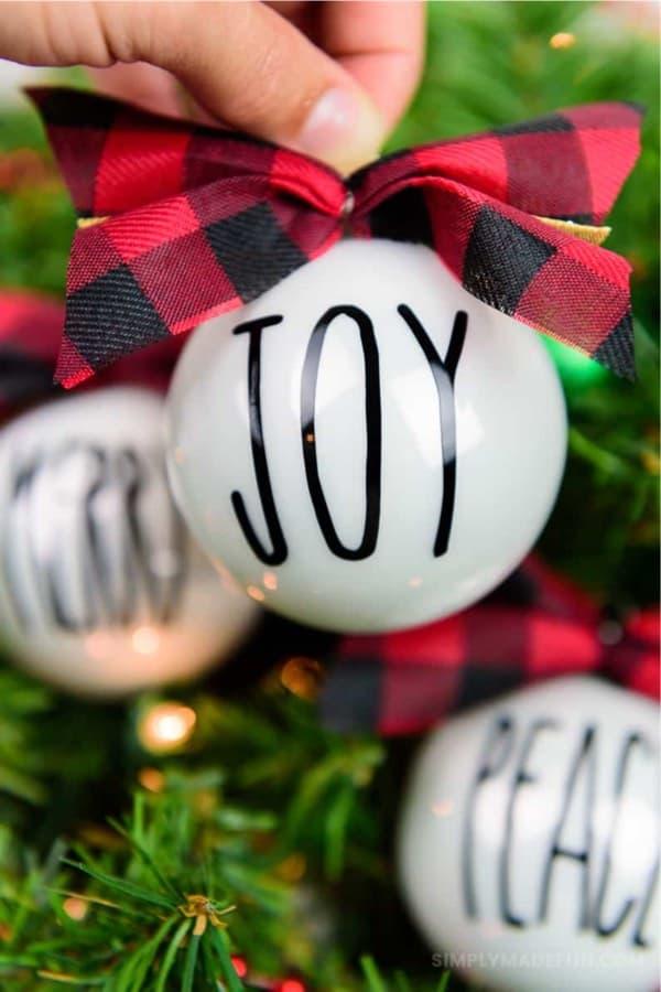 copy cat rae dunn diy christmas ornaments