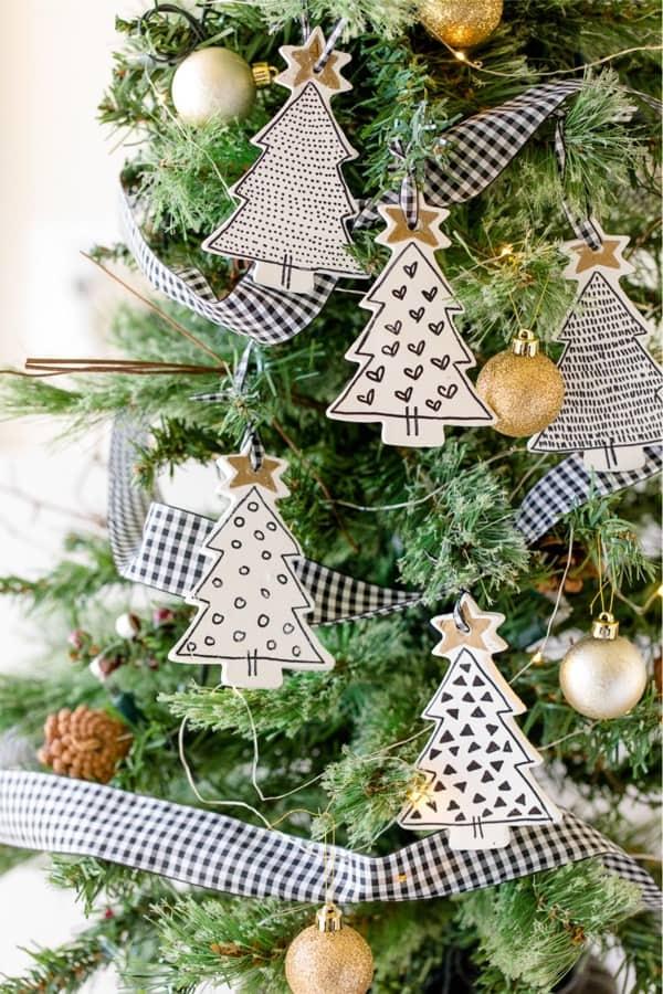 diy christmas ornaments with farmhouse style