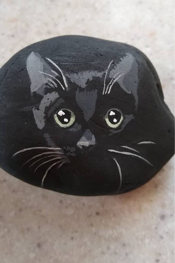 easy halloween stone painting ideas
