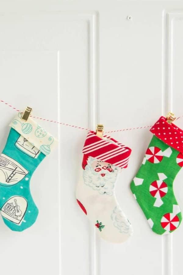 make garland with mini stockings