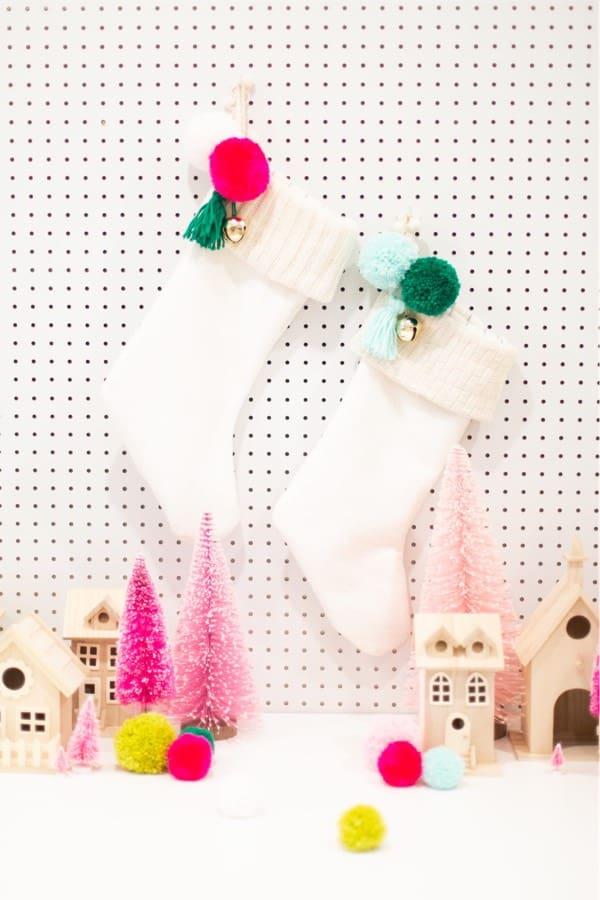 easy diy pom pom stockings for christmas
