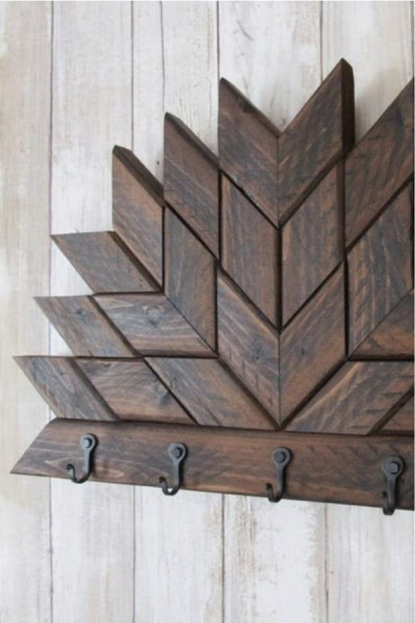 geometic wood pattern key rack