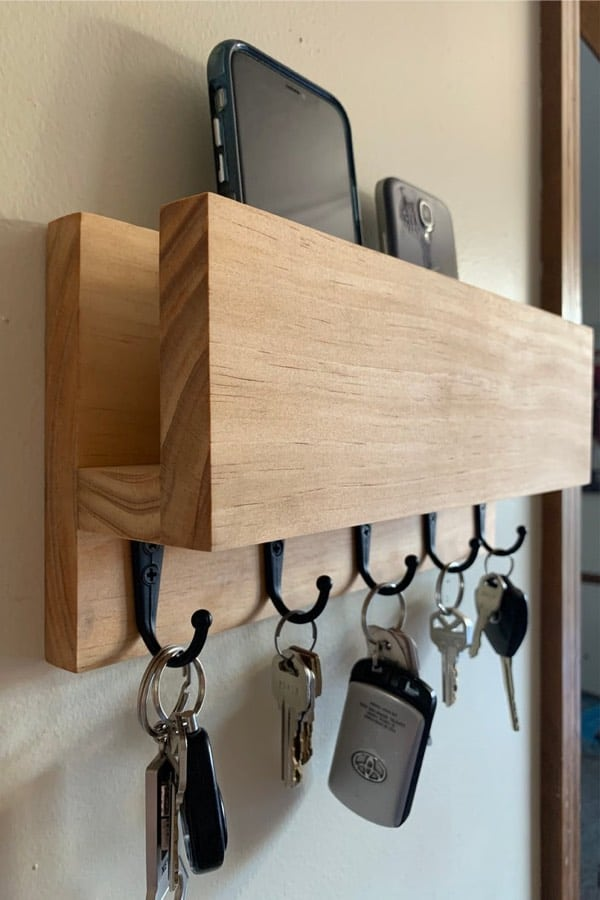 key hook shelf with spot for mail