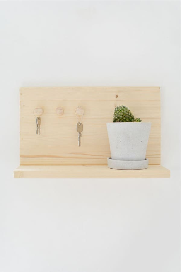 diy shelf to hang keys from