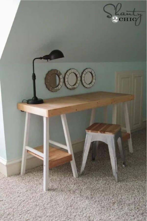 super simple diy wood desk to build at home