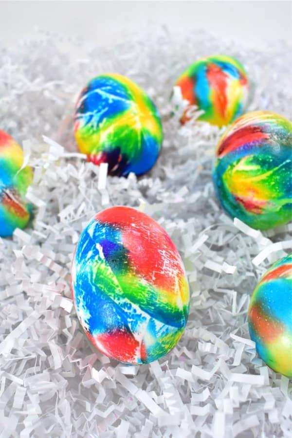 tie die easter egg decorations