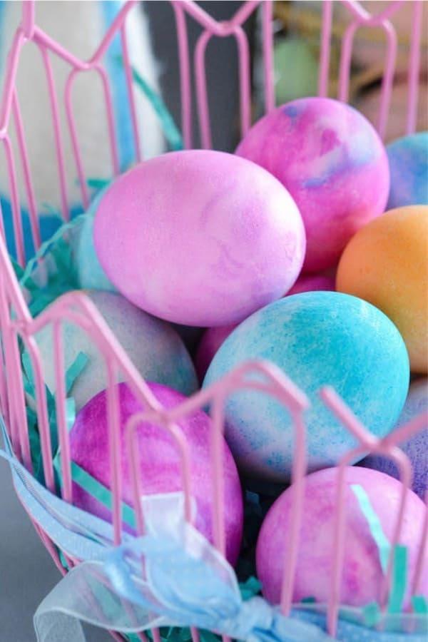 marbeled easter egg decoration