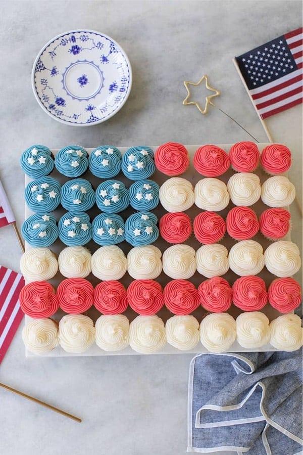 festive american flag themed cupcakes