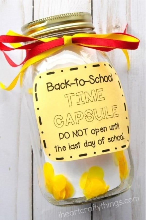 mason jar craft with school theme