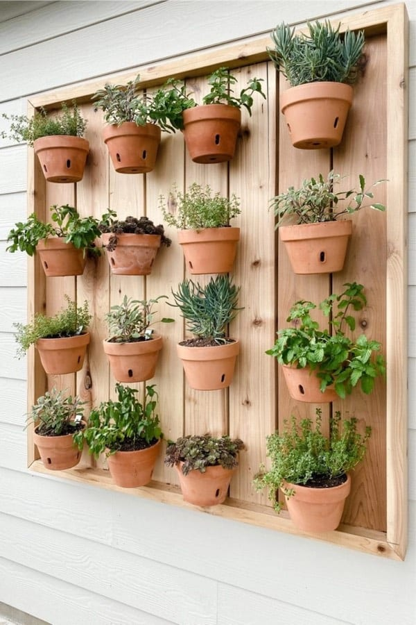 how to make an pot planter wall at home