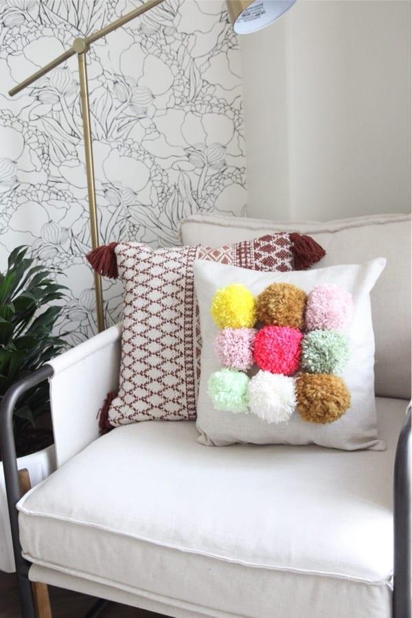 fluffy homemade yarn pom craft