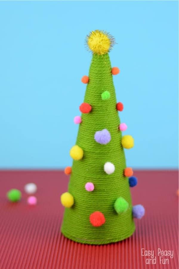 yarn wrapped christmas tree craft tutorial