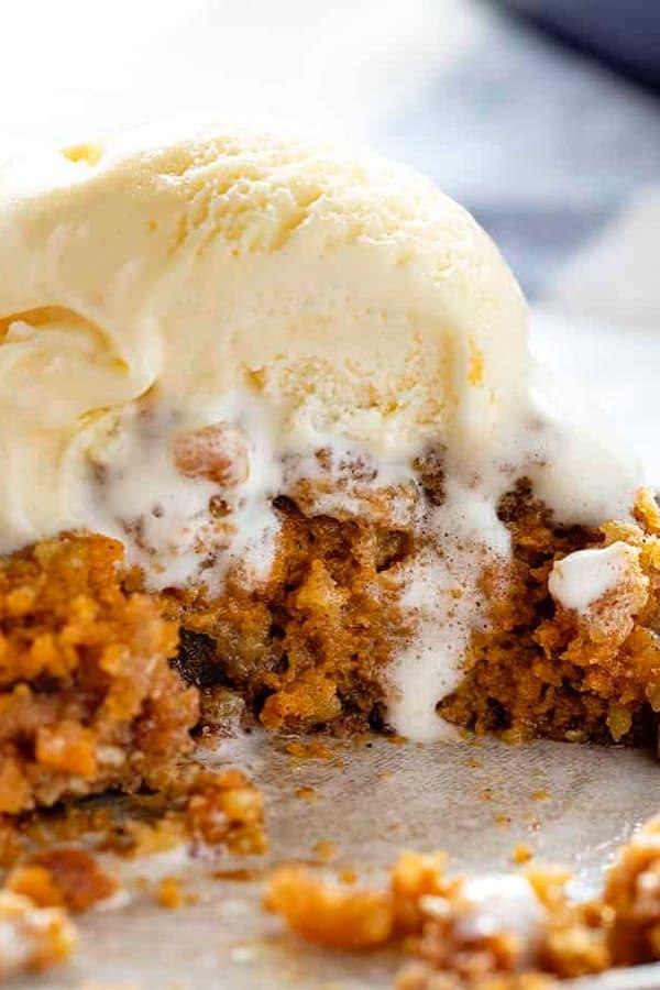 pumpkin crisp dessert for thanksgiving